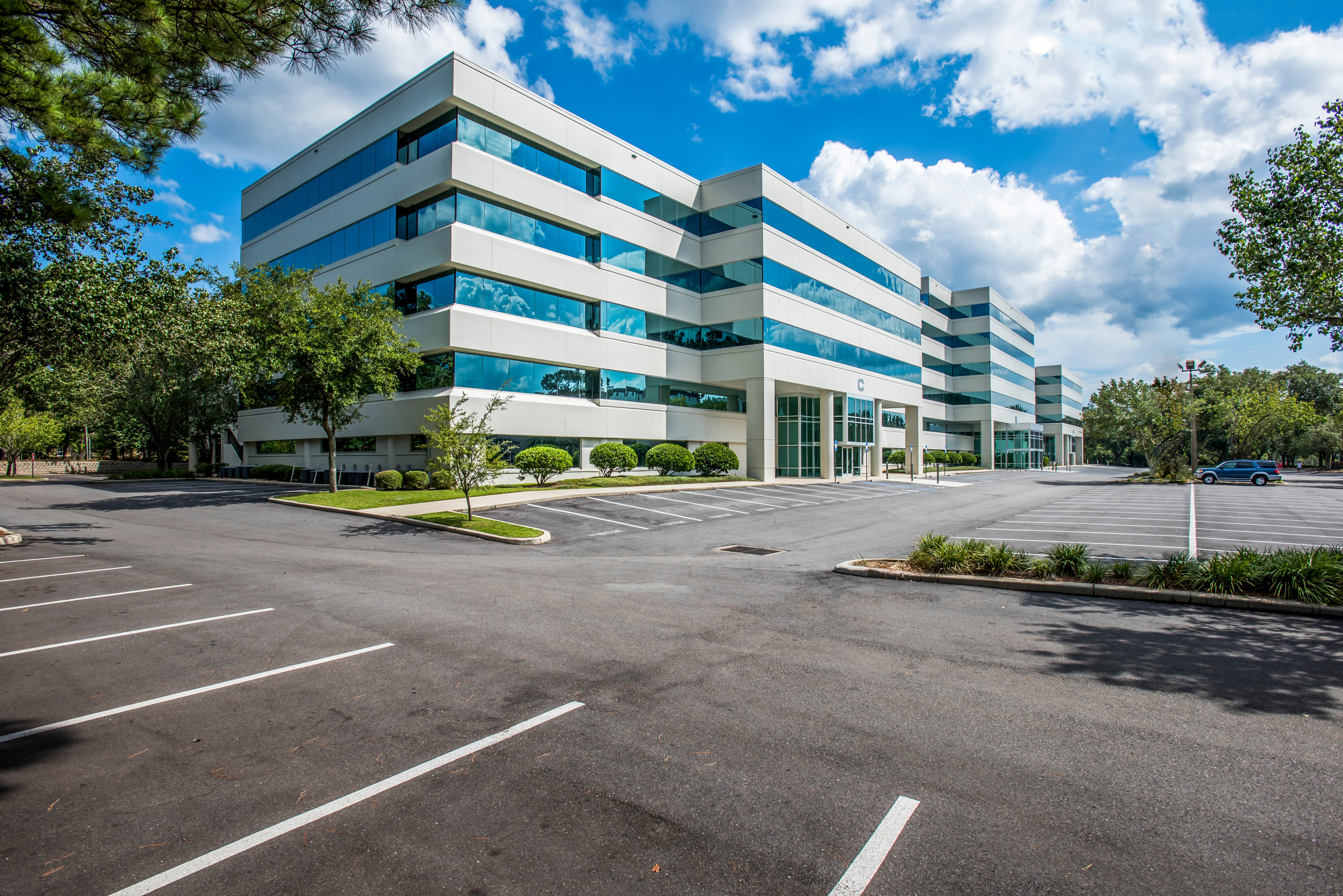 Capital Commerce Center 2601 Blairstone Road, Tallahassee 9-9-16 Ground 3866 Photoshop